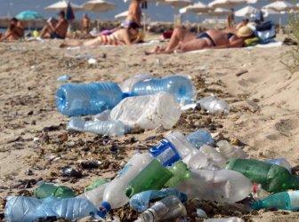 ЕС забранява износа на пластмасов боклук към бедни страни