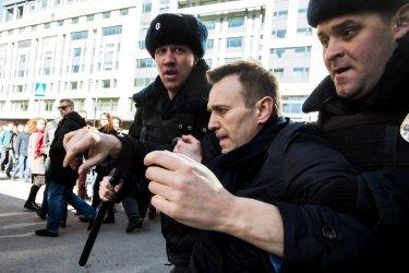 ЕС и САЩ призоваха Навални да бъде освободен