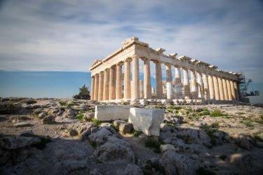 Гръцкият бизнес със загуби от почти 35 млрд. евро