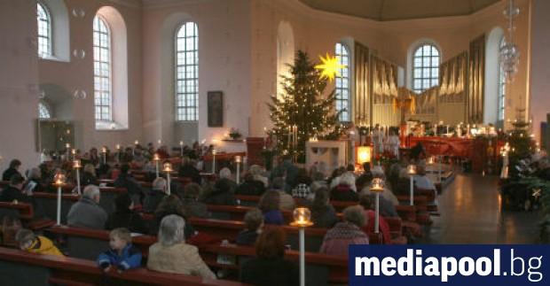 Половината германци подкрепят забрана на религиозните служби по Коледа поради