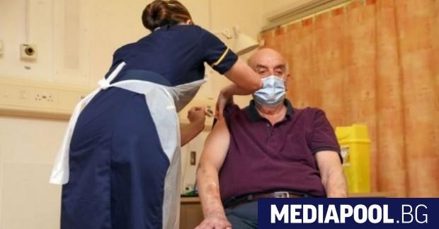 Обединеното кралство ваксинира срещу коронавирус средно по 140 души на