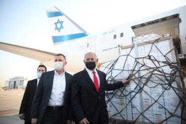 Как Израел си осигури повече ваксини, отколкото може да ползва