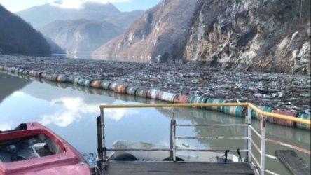 Плаващи сметища: България си е лика прилика със Западните Балкани (Видео)