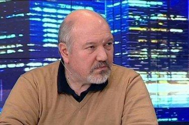 Александър Маринов: Борисов подтиква Радев да наруши конституцията с позиция за Навални