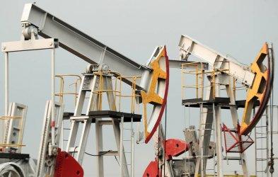 Петролните цени с едногодишен връх преди срещата на ОПЕК+