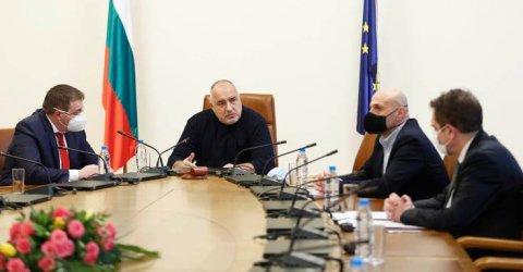 Борисов се оправда пред бизнеса, бил разплатил 2 милиарда лева