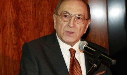 """Почина царският юрист и автор на песента """"Детелини"""" Асен Ошанов"""