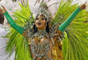 Заради коронавируса се отменя карнавалът в Рио де Жанейро
