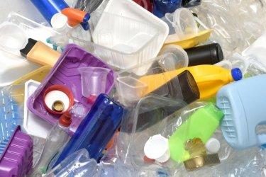 Чехия забрани еднократната пластмасова посуда
