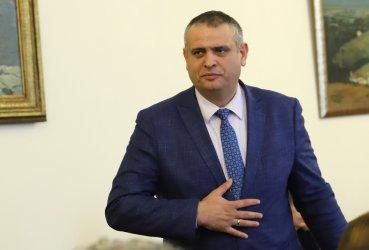 """Пътният шеф забрави как Борисов ряза лентата и обвини Станишев за срутищата по """"Струма"""""""