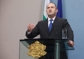 Президентът брани независимостта на Гешев пред Конституционния съд