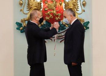 "Видният трансплантолог проф. Никола Владов получи орден ""Стара планина"" I степен"