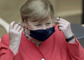 Германия удължава мерките до 7 март, отварят се детски градини и фризьорски салони