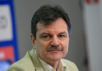 "Д-р Симидчиев и Вилдан Байрямова ще водят листи на ""Демократична България"""