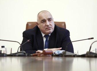 Да избягваме на всяка цена конфронтацията и липсата на разбирателство, пожела премиерът на българите за Националния празник