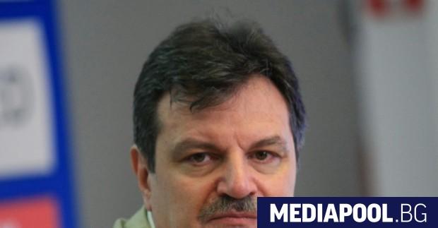 Авторитетният пулмолог д-р Александър Симидчиев ще е сред кандидат-депутатите на