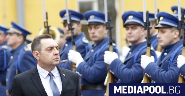 В Сърбия значителен брой мигранти влизат от България, каза сръбският