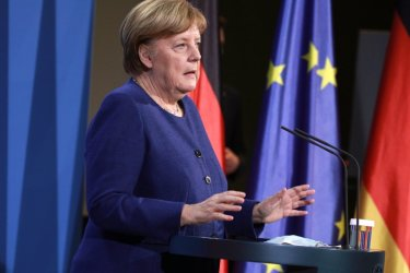 Пораженията на Меркел в две провинции може да оформят политическия пейзаж в Германия