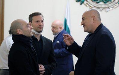 """Борисов """"уреди"""" музиканти с 4.2 млн. лв. компенсации за Covid и квота за БГ музика в радиата"""