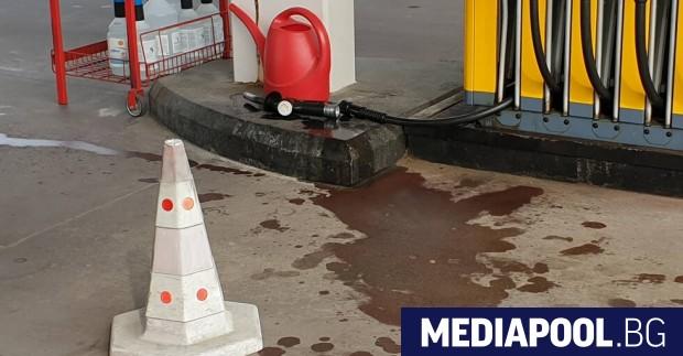 Пиян водач скъса маркуч на бензиноколонка. Инцидентът стана в събота