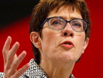 """Германският военен министър постави под въпрос практическия смисъл от """"Северен поток-2"""""""