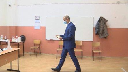Цветанов: Извървяна е крачка в правилната посока