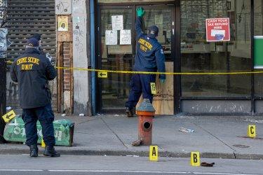 Поредица от нови инциденти със стрелба и жертви в САЩ