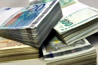 Бюджетът вече е на дефицит от 656 млн. лв.
