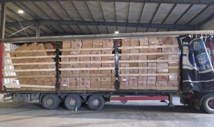 Контрабандни цигари за 5 млн. лв. от Грузия за Унгария са хванати на порт Бургас