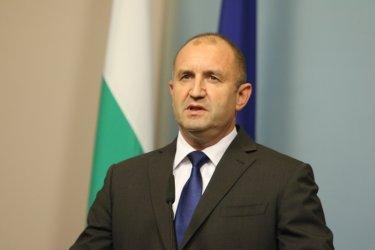 Румен Радев: Няма да бавя указа за свикване на парламент (видео)