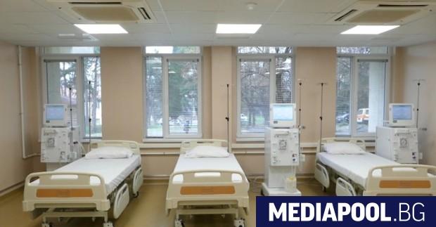 Натискът върху болничната система от третата вълна на коронавируса започва