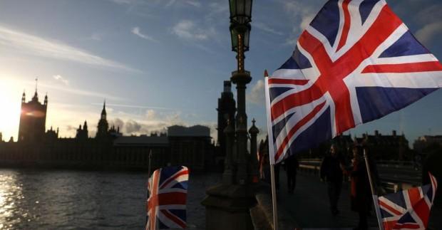 Населението на Великобритания се е увеличило до 67,1 милиона души