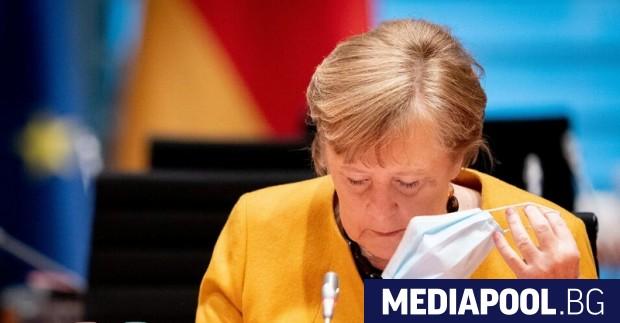 Германската канцлерка Ангела Меркел получи първата си доза от ваксината