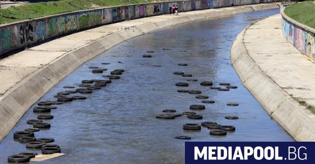 Почистването на речните корита на територията на Столична община стартира