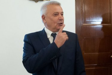 """Вагит Алекперов се оказва реалният собственик на """"България мол"""""""