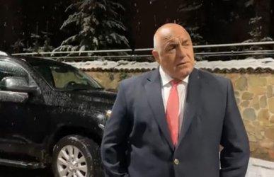Експертен кабинет до декември, предложи премиерът в монолог пред джипа