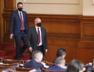 """НС променя Изборния кодекс, но се отказа от комисиите за """"Росенец"""" и полицейското насилие"""