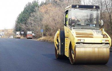 Задават се километрични задръствания между София и Перник заради ремонт на пътя
