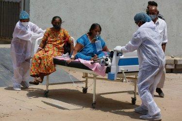 Индия отчете нов рекорд от над 400 000 новозаразени с Covid-19