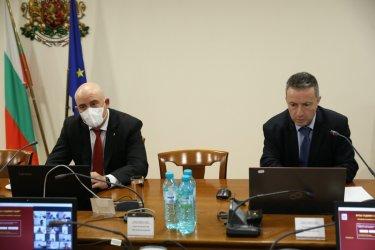 """ВСС излезе с декларация срещу """"тричането"""" на спецсъдии"""