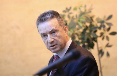 Правосъдният министър Янаки Стоилов започва проверки по всички направления