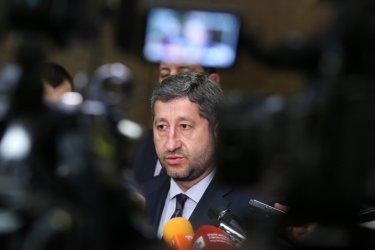 Христо Иванов: Борисов обрича ГЕРБ в ролята на мафиотско семейство