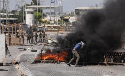 Военният конфликт между Израел и Палестина продължава да сее смърт