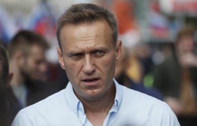 Русия ще забрани със закон на привържениците на Навални да участват в избори
