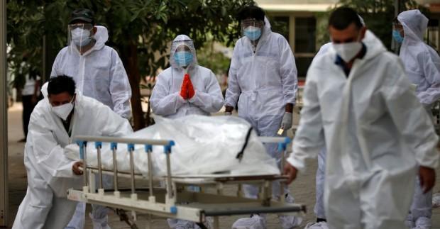 Вариантът на коронавируса, открит в Индия, е по-заразен и има