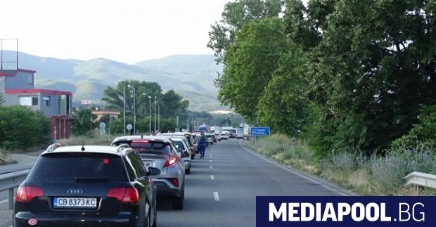 Гърция удължава всички действащи досега ограничения за влизане на територията