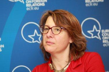 Весела Чернева: САЩ отправят сигнал към алчните балкански лидери