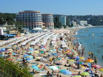 Бизнесът иска отпадане на ограниченията за туристи от ЕС, Великобритания, Русия и Израел