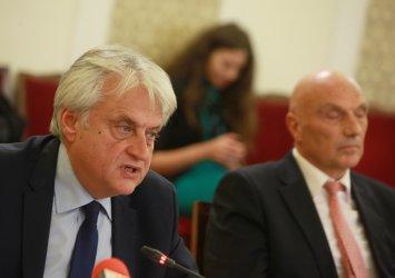 Рашков праща до прокуратурата сигнал срещу Борисов