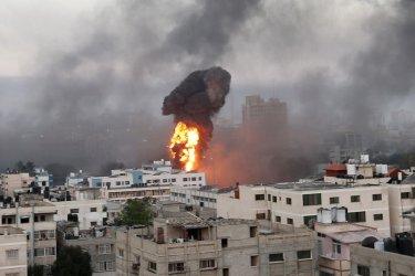 Израел и Хамас одобриха споразумение за прекратяване на огъня